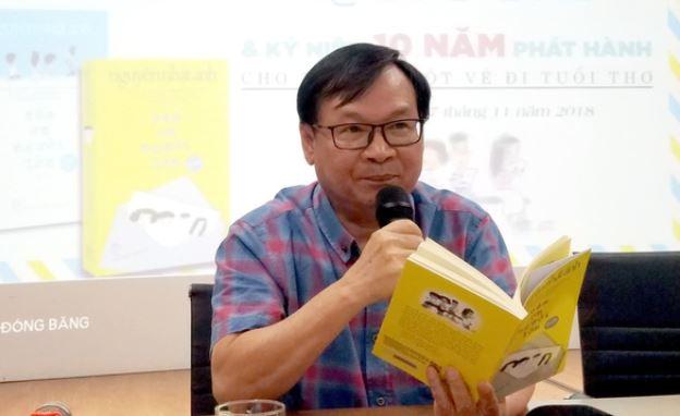 Nhà văn Nguyễn Nhật Ánh với quyển Cảm ơn người lớn vừa in xong