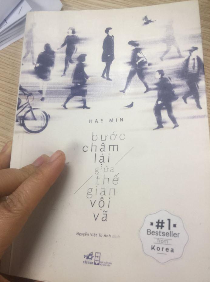 Tran Thi Hai Hang review sách Bước Chậm Lại Giữa Thế Gian Vội Vã - Hae Min