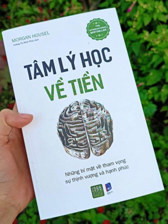 Tuyet Le review sách Tâm Lý Học Về Tiền - Morgan Housel